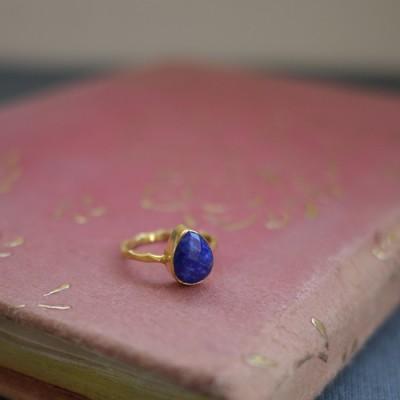 GEM RING: Pear Lapis Lazuli