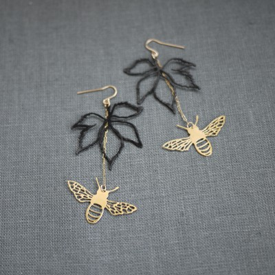 Virginia Ivy Bee Earring
